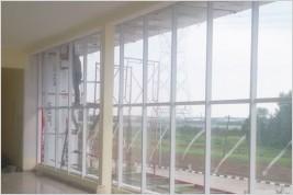 Pemasangan ACP Carton Wall, Partisi Kusen Aluminium , Canopy Kaca Laminated di Graha Balaraja Industri